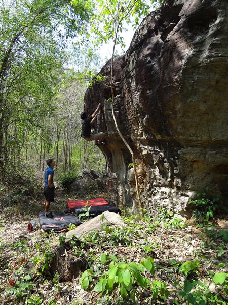 Rock Climbing Photo: Huecos Drainage