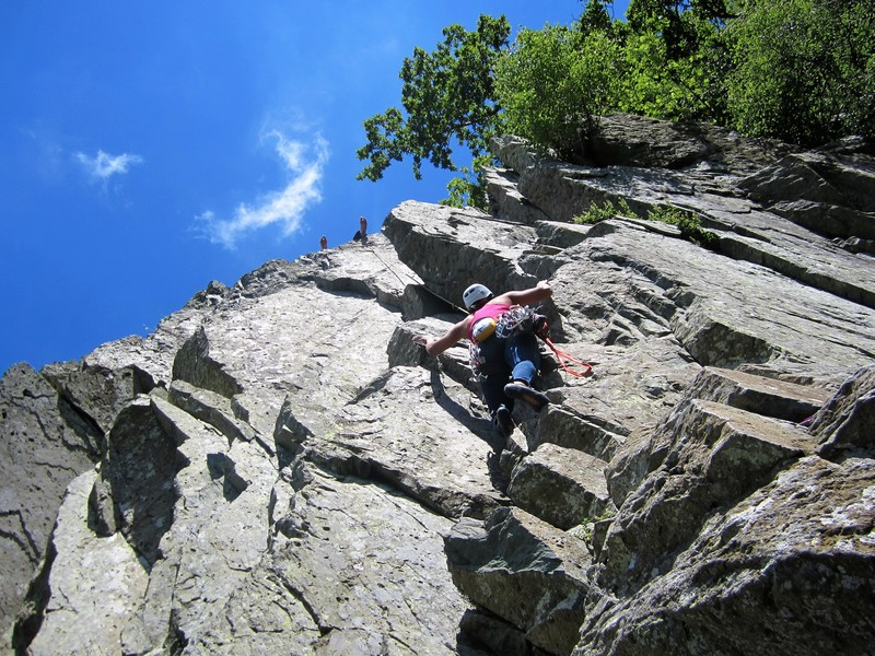 Rock Climbing Photo: solo below roped party