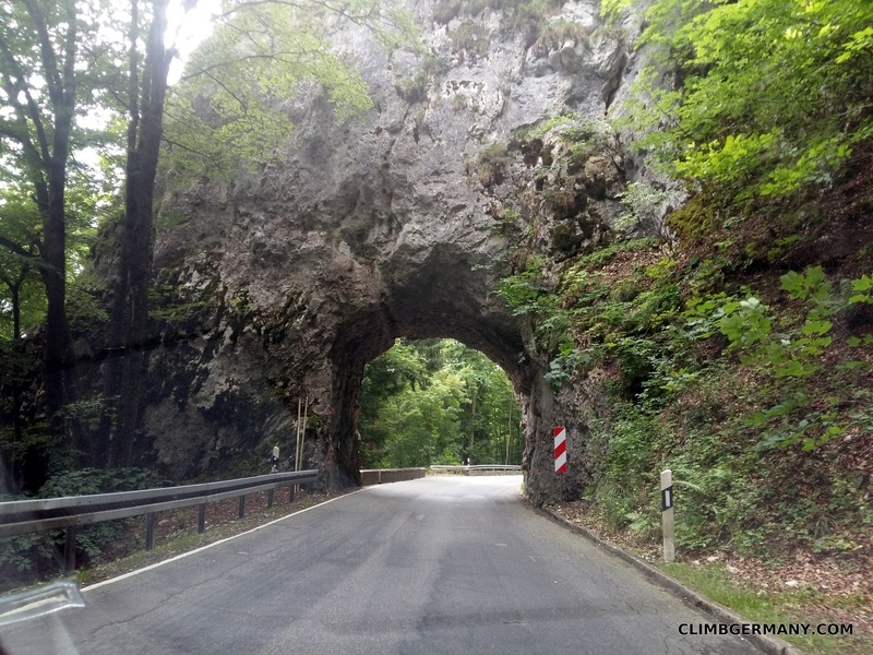 Rock tunnel signaling the beginning of the village of Hausen im Tal. Many more along the 313.