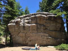 Rock Climbing Photo: An attractive boulder in Bliss