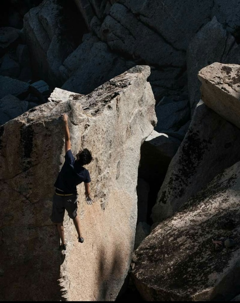Rock Climbing Photo: Alex Converse on the FA of (CrownV1R***) Photo by ...
