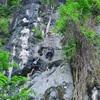 climbers of Kanda (blue rope) and Ai Yai Yai (red rope)