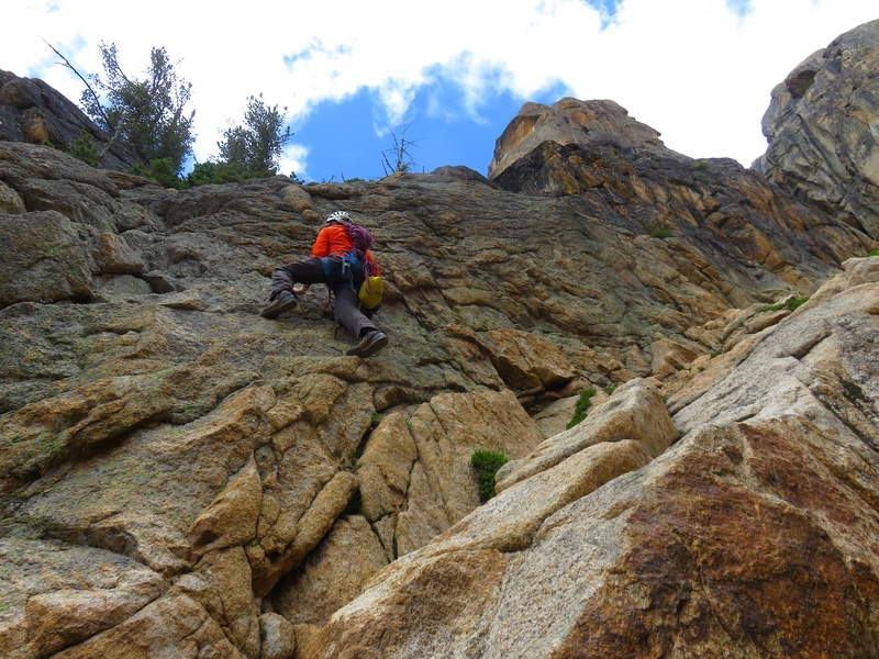Rock Climbing Photo: The 4th/low5th step to get onto the ledge below th...