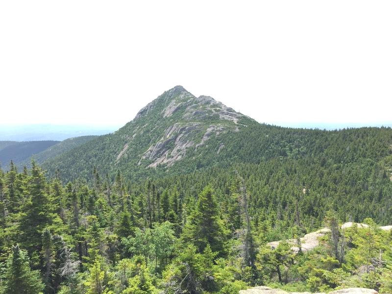 Rock Climbing Photo: View from Carter Ledge Trail after climbing the le...