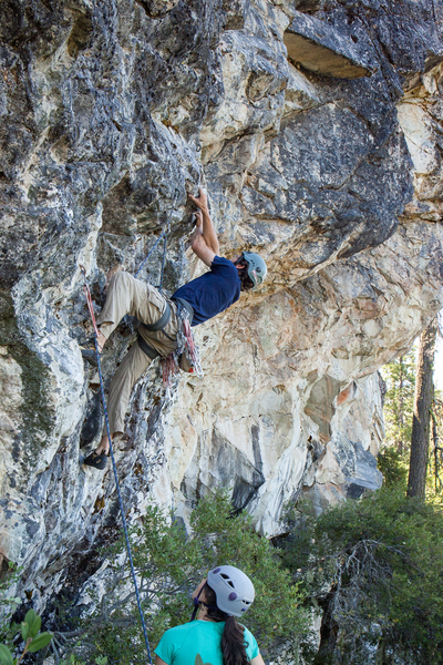 Bouldery crux of several strenuous cross-throughs on steep rock.