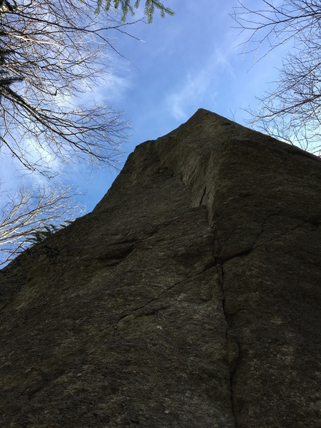 Two individual lines on each side of the arete