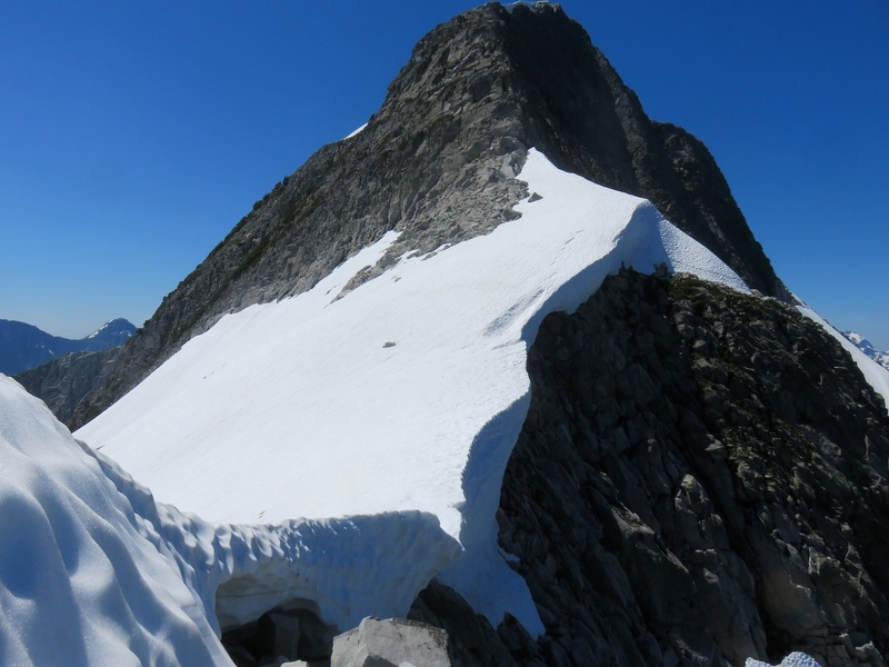Approaching Recourse. Notice the cornice.