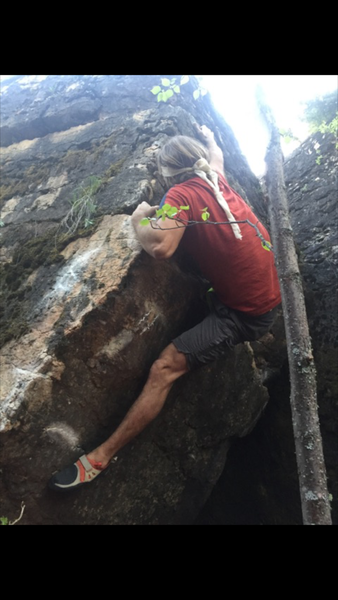 On the top moves of Pit of Bones. The right hand start hold is visible by the left foot.