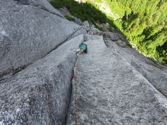 Rock Climbing Photo: Pitch 4. This pitch is rather flaring - offset cam...