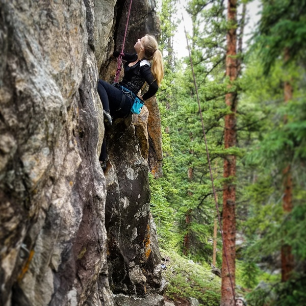 Rock Climbing Photo: Melanie taking a second to think and chalk up.