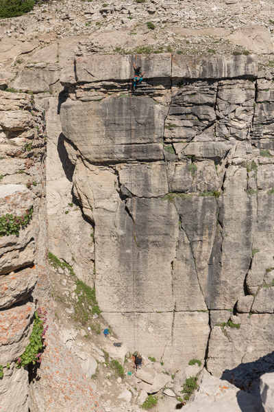 Rock Climbing Photo: emile topping out on Saxifrage