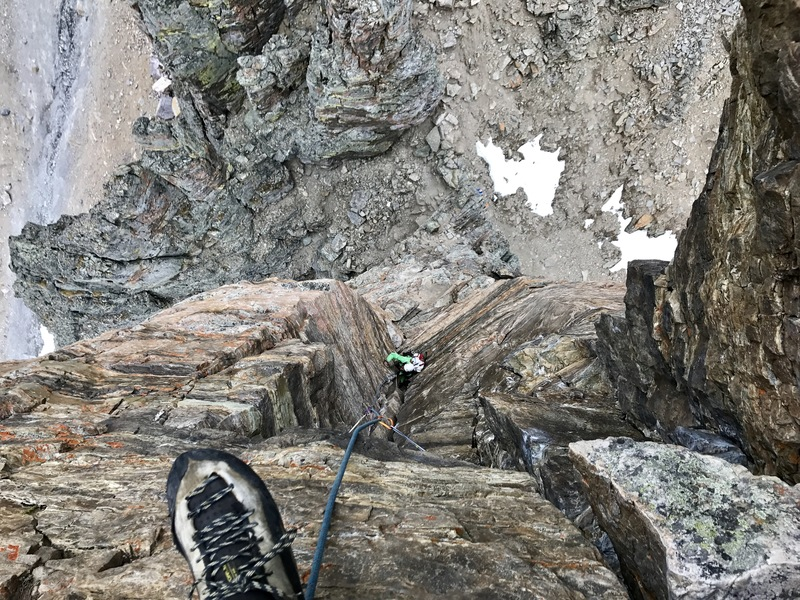 Jessica following the awesome P3 pitch. Photo from top belay on top of the crux roof.