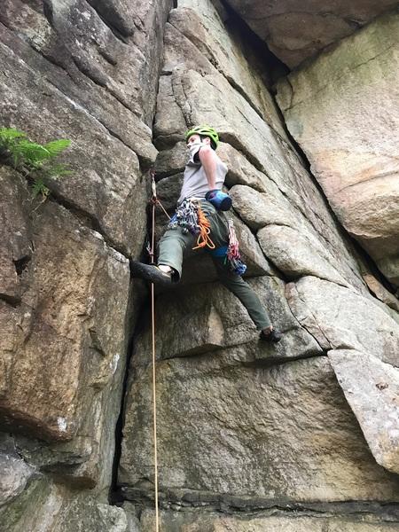 Rock Climbing Photo: Climbing Triple Tier Notch, Peterskill