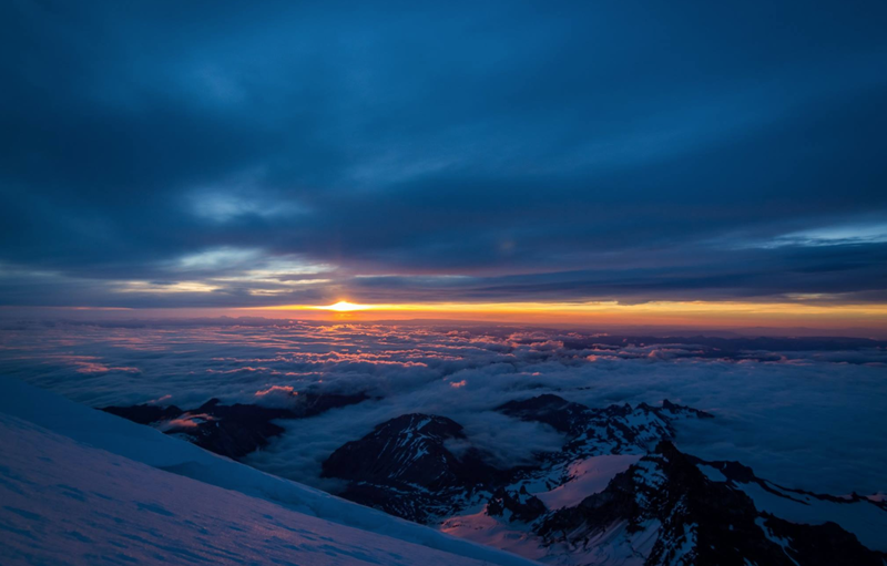 Sunrise on Mt Rainier
