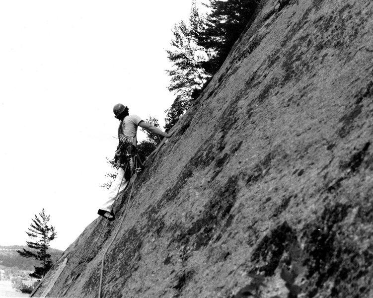 Bertrand Côté on the first ascent of Point de Fuite.
