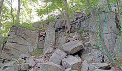 Rock Climbing Photo: Manayunk beyond left (toward Basilisk) 1. L Face+...
