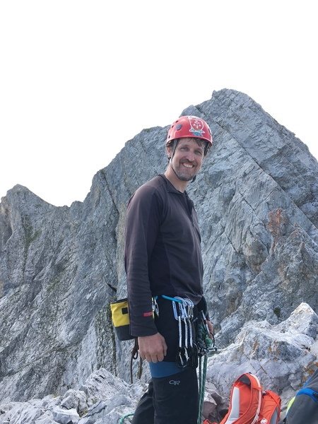 Richard Hunter in front of the last pitches (top of pitch 11).