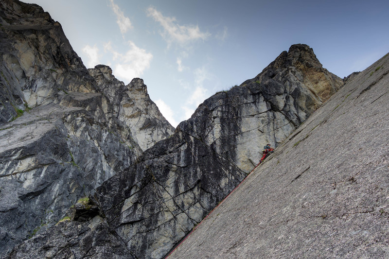 Rock Climbing Photo: Tommy leading the classic Uppper Webfoot moderate ...