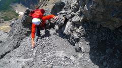 Rock Climbing Photo: Scrambling up the black gully system.