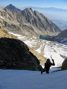 Rock Climbing Photo: RShore climbing up the couloir, Mt Tom and Basin M...