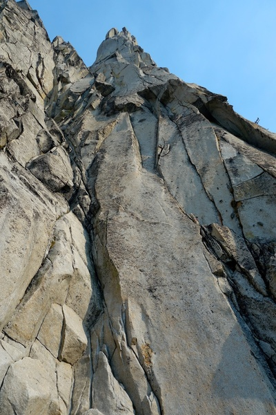 Looking up from the base of the route. The stembox of the upper half of Pitch 1 is obvious,