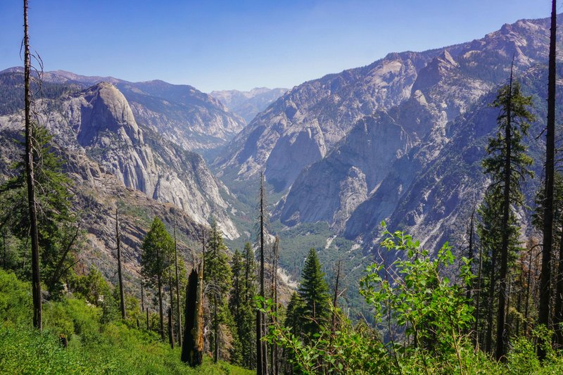Middle fork of the Kings... or... ~Tehipite Valley~. Gorge of Despair upper right