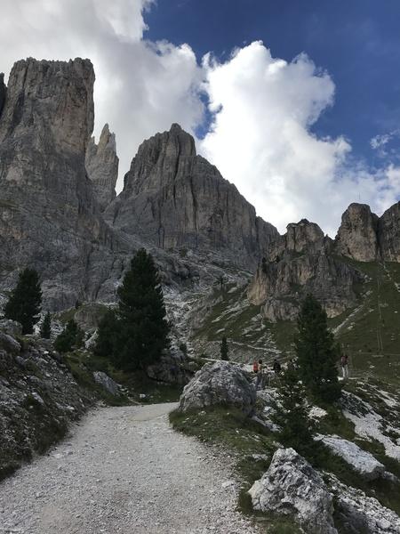 Rifugio Vajolet,  Catenaccio Rosengarten and the Valolet Towers
