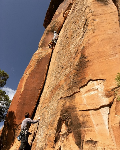 Me leading this awesomely wide crack.