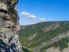 "Joe Forte and Hannah Beville on the First Ascent of ""Pleasure Feeds Addiction"""