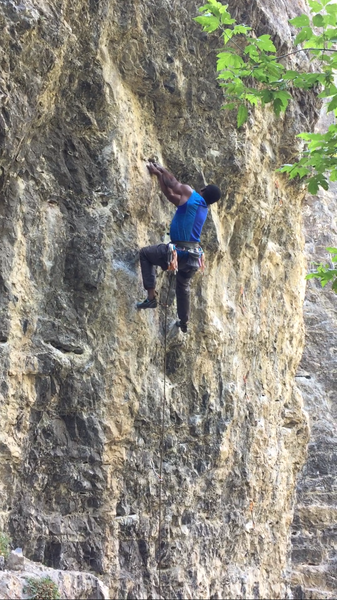 Entering crux sequence on Liquid Oxygen (5.12a)