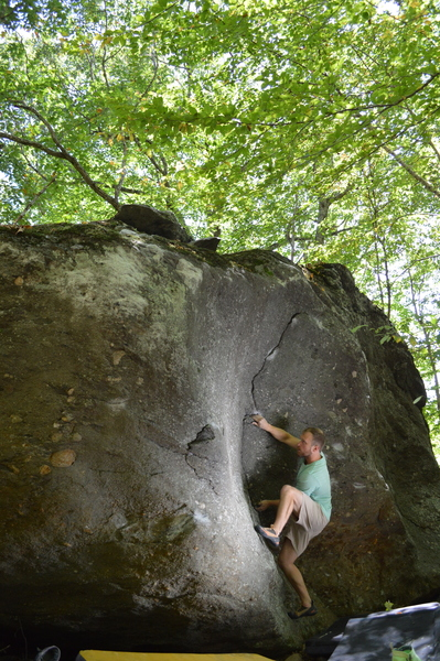 "Chris posted up through the intro to ""The Scoop"" on the Roadside Boulder, Left Boneyard."