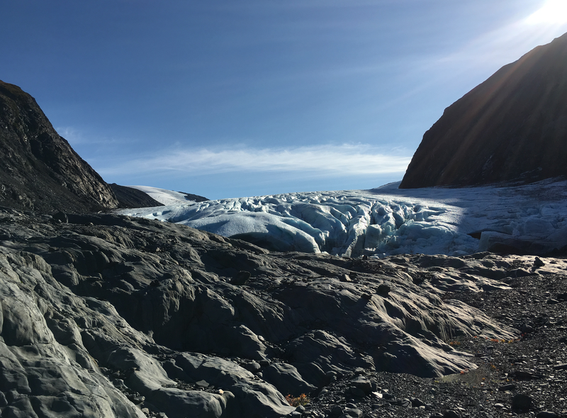 Burns Glacier - mellow trek all the way on this glacier. Easy travel.