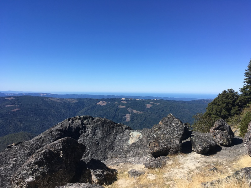 The view to the Pacific Ocean from the summit of Split Rock.