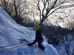 Rock Climbing Photo: Eric finishing up Terror-Tory on a beautiful winte...