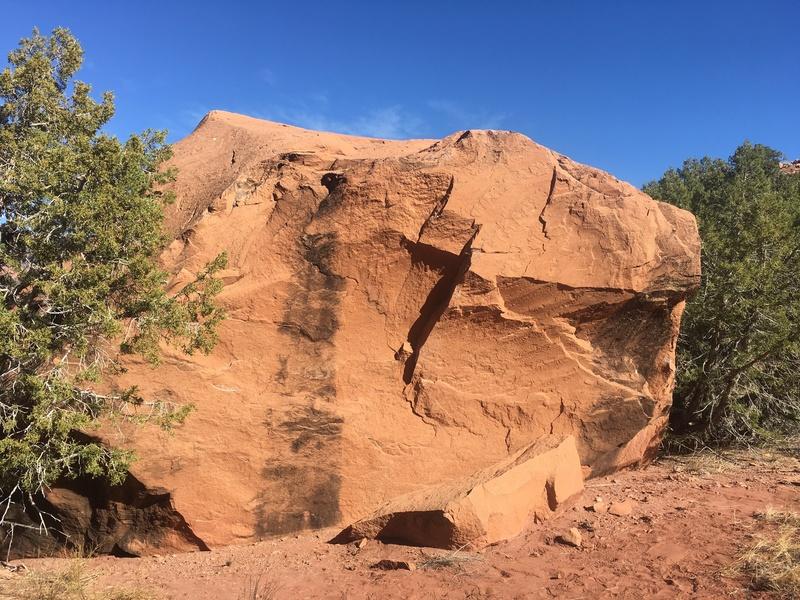Primary west face of the Jordan 4.1 Boulder.