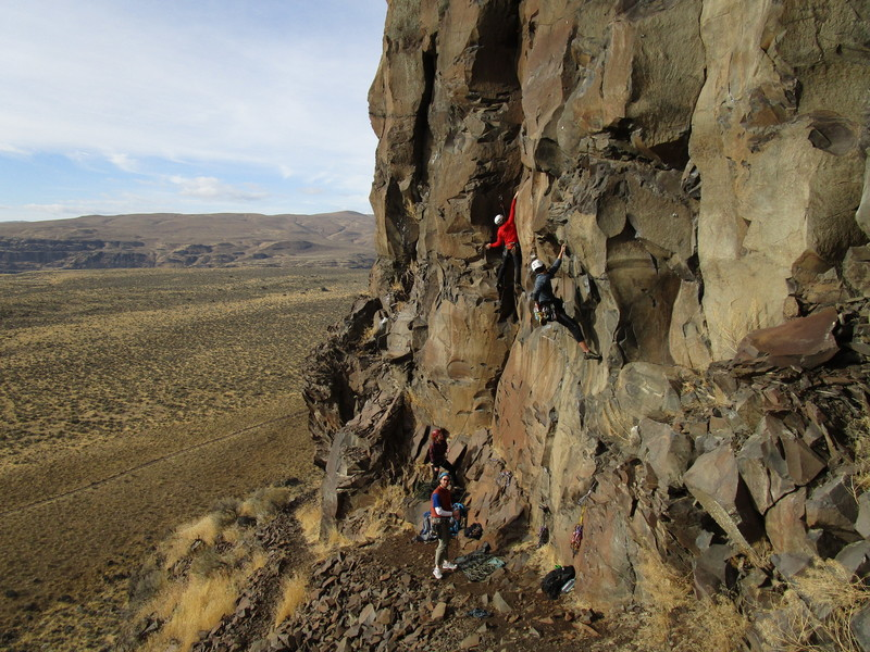 Climbers on Aeolachrmation(left) and Mortal Prying In the V-Shaped Realm (right)