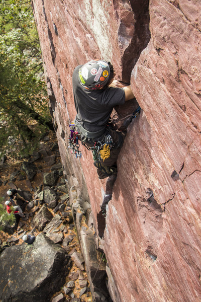 Josh Munoz leading Birch Tree crack