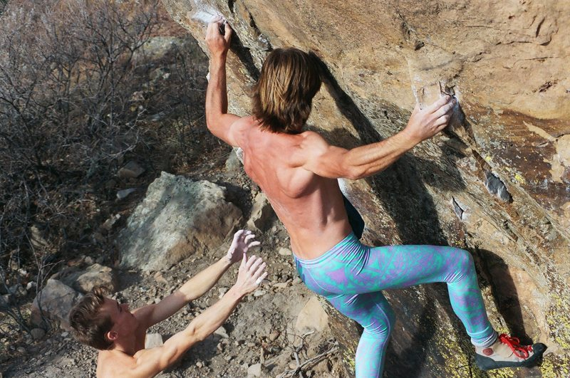 Dave Bohn cranks Gill Traverse on Mental Block. Timmy Fairfield spots.