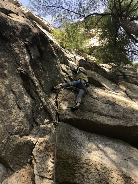 Russ Clune styles through the business on the crux of Minnie Belle.