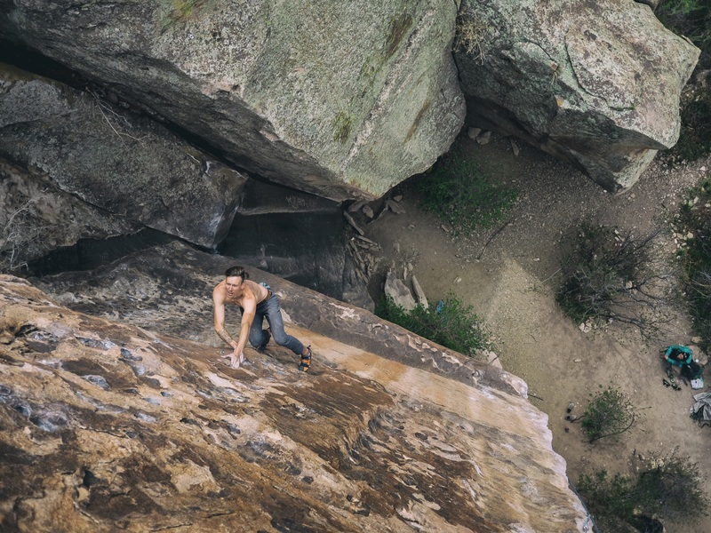 A free solo of Tanks For The Hueco by Matt Lloyd.