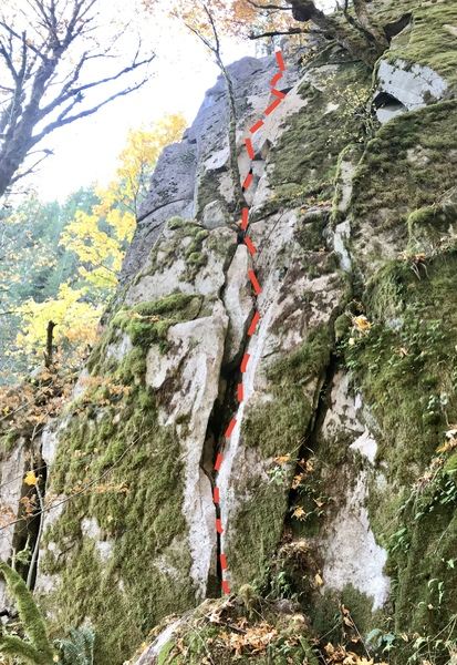Lots of fun, casual climbing on this lead.