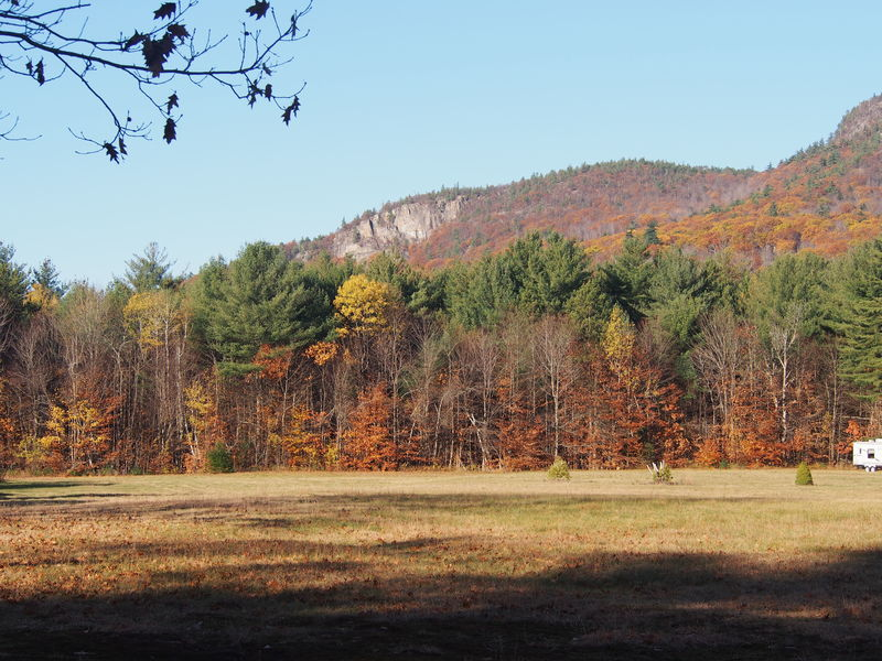 From Passaconaway Rd, until a few years ago the mega-popular hike up South Moat Mtn began from this spot.