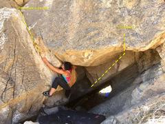 Rock Climbing Photo: V2