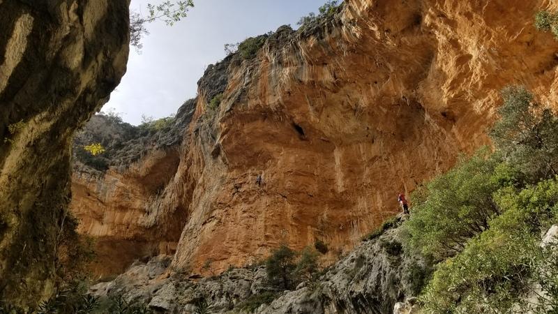Hada caves. November 2017.
