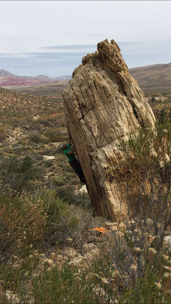 Trying to keep calm without a pad. Truly a great climb for the grade.