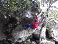 Rock Climbing Photo: Mike Arechiga on, projectile Vomit. V3