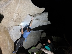 Rock Climbing Photo: Cruising the center overhang during a beautiful mi...
