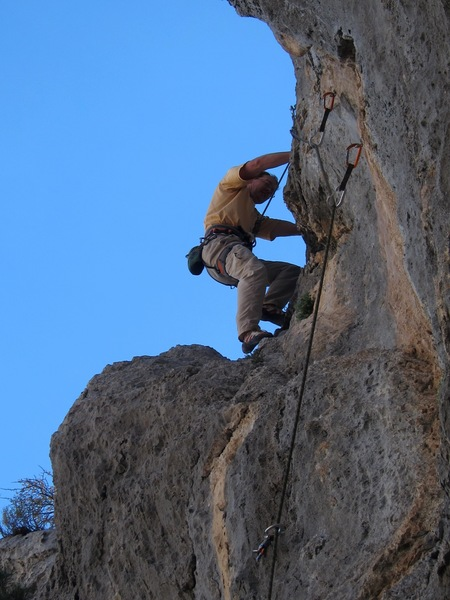 Jeff Baldwin finishing off the Old Pine