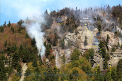 Lower Patina Wall during the Oct 2017 Fire. This photo is posted with permission from Ken Watson (<a href='http://www.kenwatson.net)' target='_blank' rel='nofollow' >kenwatson.net)</a>, I added topo annotations showing where the routes go for reference.