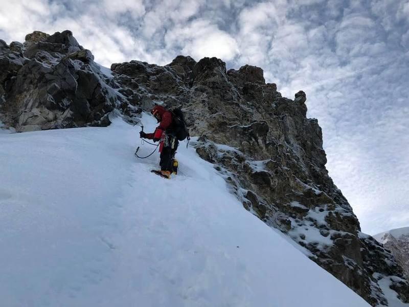 ~100ft below the true summit